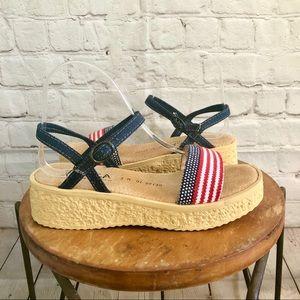 NWOB Sbicca Flatform American Flag Sandals - Sz 8